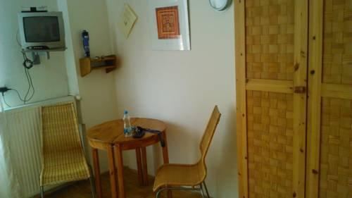 ACE Apartment - фото 15