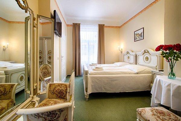 Отель Taurus - фото 1
