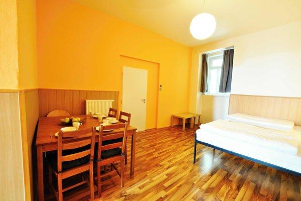 Central Spot Prague Apartments - фото 13
