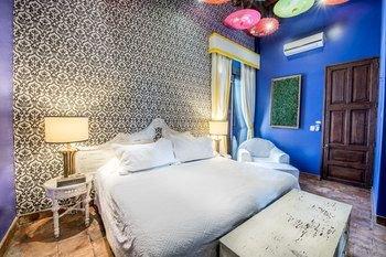 Casa Pedro Loza Petit Hotel - фото 1