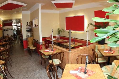 Eiscafe-Pizzeria-Hotel Rialto - фото 16