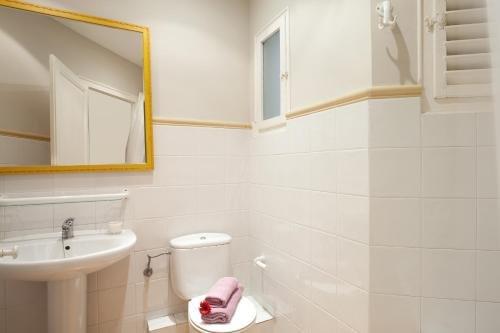 Modernist Apartment Barcelona - фото 7
