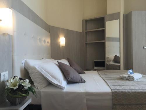 Hotel Jumbo - фото 1