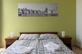 VN17 Apartments - фото 10