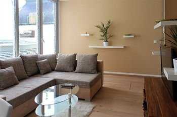 VN17 Apartments - фото 11