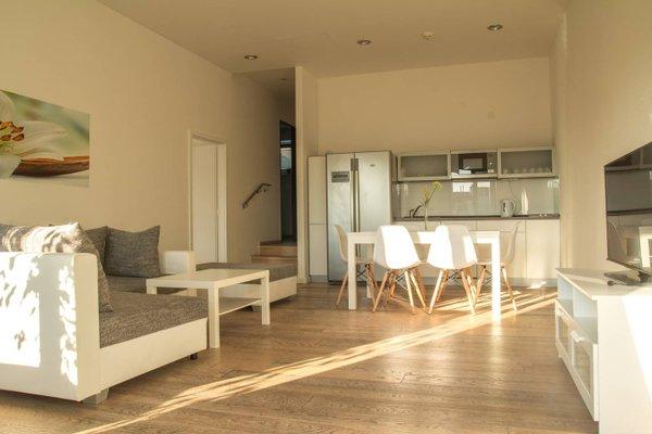 VN17 Apartments - фото 19