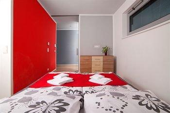 VN17 Apartments - фото 3