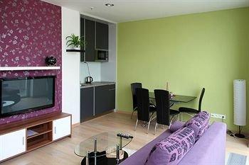 VN17 Apartments - фото 6