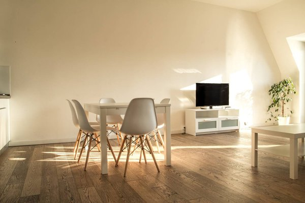 VN17 Apartments - фото 8
