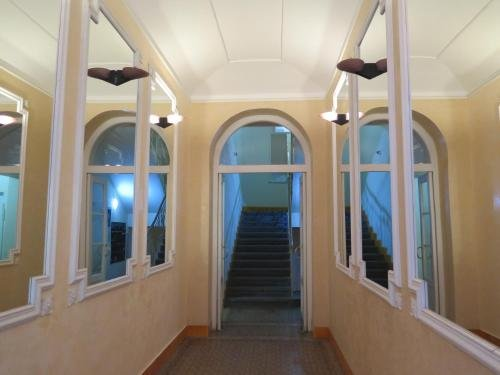 Astronomical Clock Apartment - фото 16