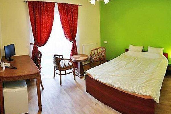 Namsan Hotel, Прага