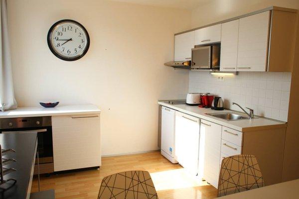 Golden Family Apartments - фото 10