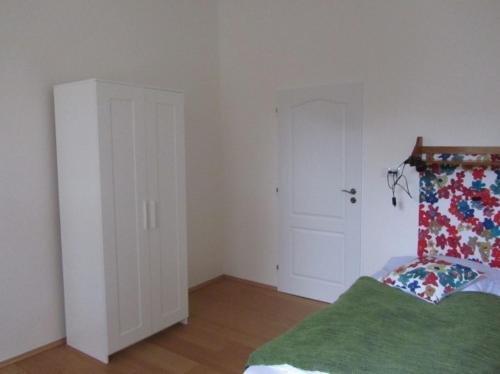 Apartment Vinohrady - фото 10