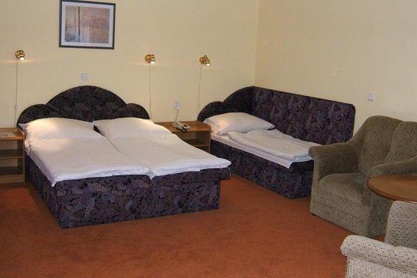 Hotel YORK - фото 9