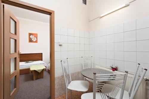 Penzion Hotel Morrison - фото 9