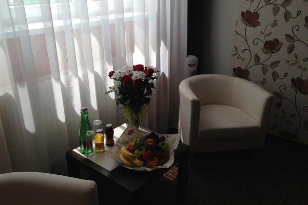 Cartellone Appartamento Hotel - фото 8