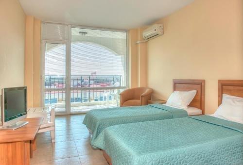 Apartments in Karolina Complex - фото 12