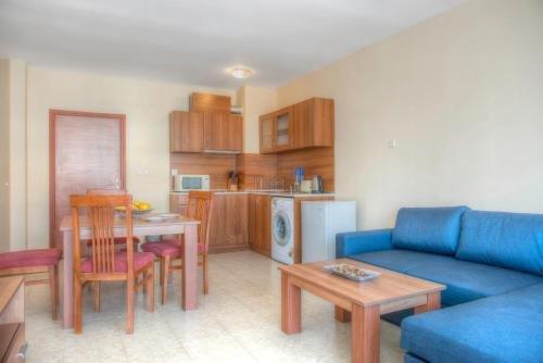 Apartments in Karolina Complex - фото 23