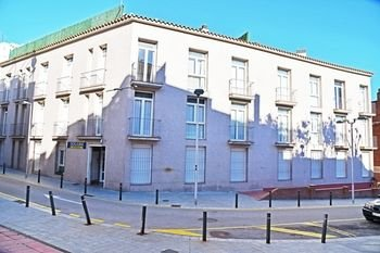 Гостиница «Dosjoimi Apts.», Санта-Колома-де-Граманет