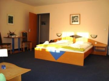 Day Spa Hotel Teuschler Garni, Грац