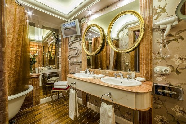 Ramada Hotel & Suites Vilnius - фото 11