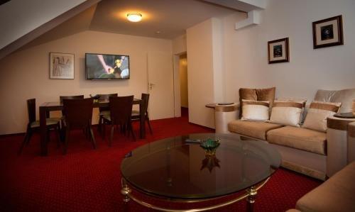 Hotel am Kochbrunnen - фото 15