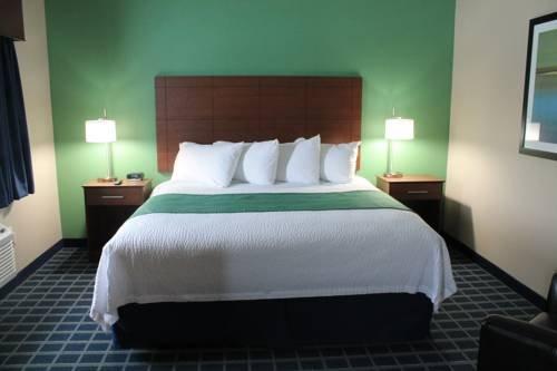 Photo of Brookstone Lodge & Suites - Emmetsburg