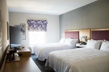 Photo of Hampton Inn & Suites by Hilton Warrington Horsham