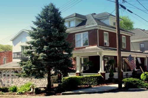 Photo of Maria's Garden & Inn