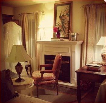 Photo of Le Petit Chateau Inn