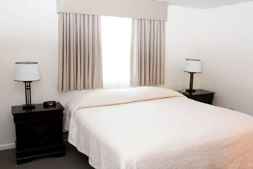 Photo of Beverly Garden Suites