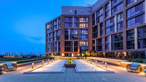 Photo of Global Luxury Suites at The Wharf