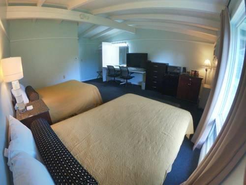 Photo of Copper Lantern Motor Lodge
