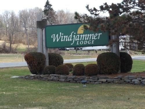 Photo of Windjammer Lodge