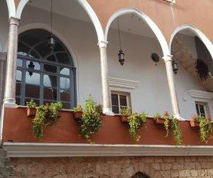 Azur Suites Hotel & Apartments Tarabulus Lebanon