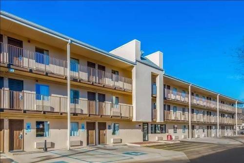 Photo of Econo Lodge Charleston East
