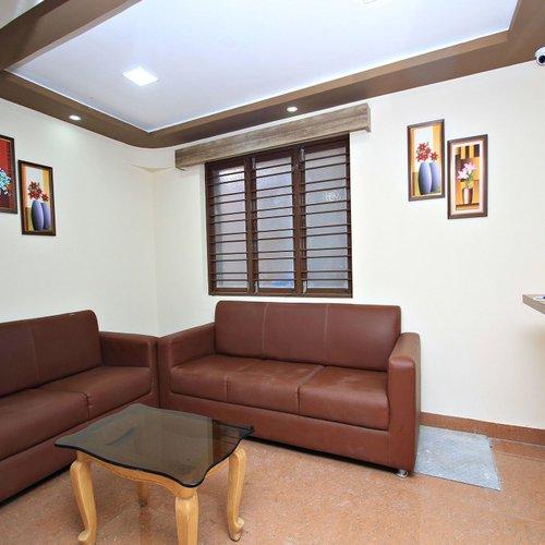 Photo of Oyo 11051 Bluemoon Comforts