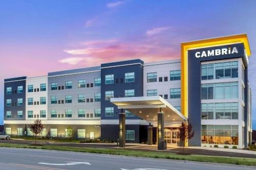 Photo of Cambria Hotel Bettendorf - Quad Cities