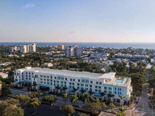 Photo of Courtyard by Marriott Delray Beach