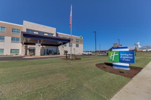 Photo of Holiday Inn Express & Suites - Union City, an IHG Hotel