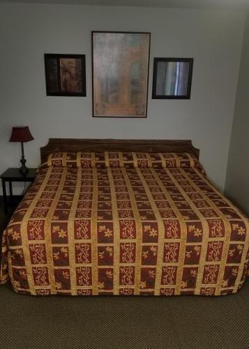 Photo of Amber Inn Motel