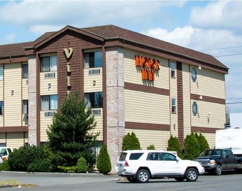 Photo of Village Inn & Suites Marysville