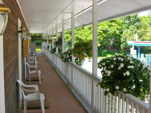 Photo of Hillside Motel