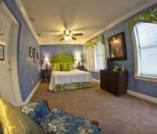 Photo of Mango Inn Bed and Breakfast