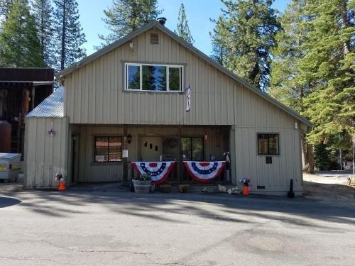 Photo of Rabbit Creek Inn