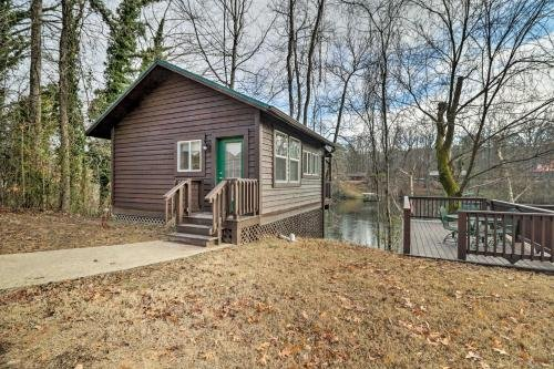 Photo of Cozy Heber Springs Cabin with Deck and Dock!