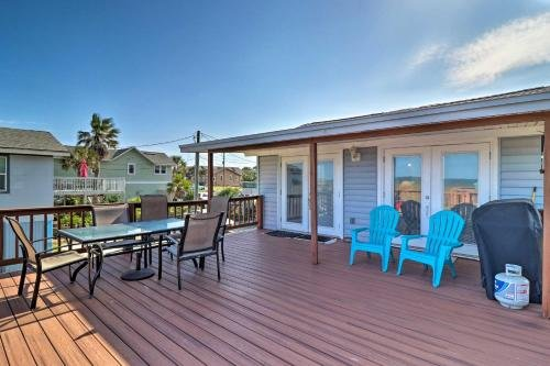 Photo of Amelia Island Oceanfront Cottage with Deck and Grill!