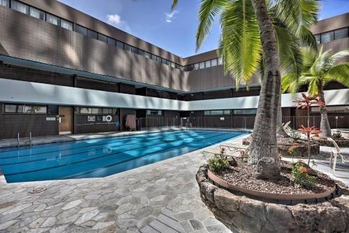 Photo of Downtown Honolulu Suite-Near Ala Moana Beach!