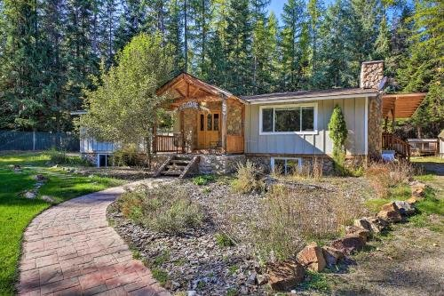 Photo of Quaint Priest Lake Cabin with Patio Less Than 1Mi to Lake