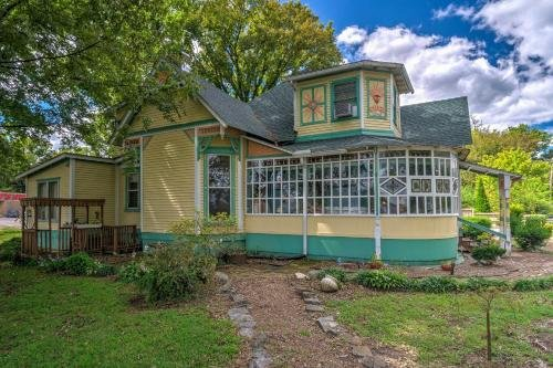 Photo of Russellville House with Garden-9 Min Walk to Main St!